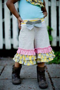 Girls ruffle bottoms - Eliza Knit Shorts by ItziandBitzi on Etsy