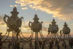 Des théières au festival Burning Man 2014 - Photo de Victor Habchy: www.victorhabchy.com/