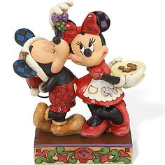 Jim Shore Disney Traditions Collection Mickey And Minnie Mistletoe Figure Mickey Minnie Mouse, Mickey Mouse Christmas, Mickey Mouse And Friends, Disney Christmas, Disney Holidays, Christmas Holiday, Disney Pixar Movies, Disney Art, Disney Pins