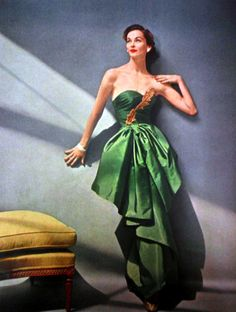 Green Vintage Gown. <3