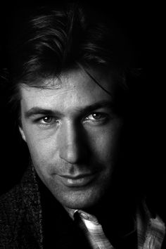 """Alexander Rae """"Alec"""" Baldwin - American actor, producer, comedian, 1988 // Photo © Brian Hamill Always loved Alec. Hollywood Men, Hollywood Stars, Alec Baldwin Young, Richard Gere, People Of Interest, Raining Men, Famous Faces, American Actors, Comedians"""