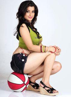 Actress Madhurima Hot Classic Photos | BOLLYWOOD ACTRESS PICTURES
