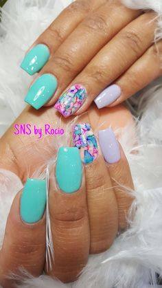 SNS nails ( dipping powder ) with encapsulated nails by Rocio !