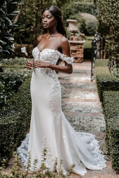 Wedding Dress Sizes, Wedding Dresses, Allure Romance, Allure Couture, Blush Bridal, Beautiful Wedding Gowns, Bridal And Formal, Formal Gowns, Bridal Collection