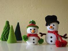 Snowman and tree, crochet pattern Christmas, pattern winter Snowman Tree, Snowman Christmas Ornaments, Christmas Decorations, Tree Decorations, Crochet Snowman, Crochet Christmas Ornaments, Christmas On A Budget, Christmas Diy, Crochet Patterns Amigurumi