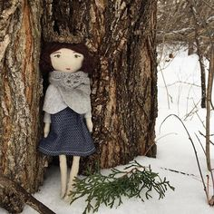 No snow here yet! (It's actually 61 degrees here in the Hudson Valley today ) This magical little lady hanging out in the Michigan snow last year was always one of my favorites and she went to a good home (even though I had a hard time letting her go ☺️) I am going to try to make a small batch of tiny dolls before Christmas. ✨ #tbt