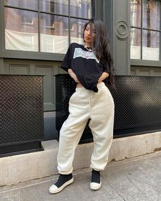 Tomboy Outfits, Cute Comfy Outfits, Tomboy Fashion, Streetwear Fashion, Cool Outfits, Fashion Outfits, Urban Outfits, Urban Fashion, Aesthetic Clothes