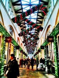 Shopping in London at Christmas