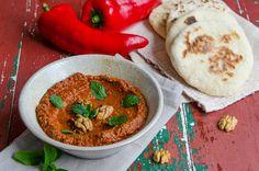 Muhammara, pasta de ardei copti cu nuci5 Hummus, Curry, Pasta, Ethnic Recipes, Food, Curries, Essen, Meals, Yemek