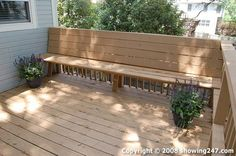 Built in deck seating Deck Bench Seating, Patio Bench, Benches, Decks And Porches, Patio Decks, Outdoor Projects, Outdoor Ideas, Outdoor Living Rooms, Screened In Patio