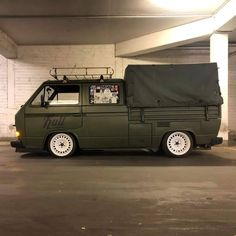 Vw Bus T3, Volkswagen Transporter, Bus Camper, Volkswagen Bus, Camper Trailers, Campers, Vw T3 Tuning, Mini Vans, Bagged Trucks