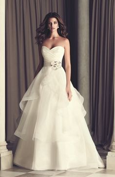 Sweetheart A-Line Wedding Dress  with Natural Waist in Silk Organza. Bridal Gown Style Number:32831992