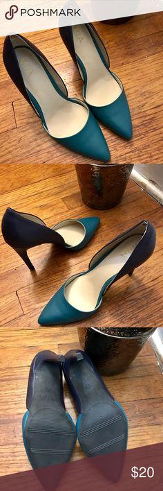 2 tone MIA heels! Teal and blue NEW Mia heels!  Heel measures 4 inches! Size 7.5! MIA Shoes Heels