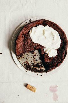 flourless chocolate + red wine swedish cake