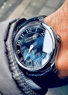 Elegant Watches, Beautiful Watches, Gentleman Watch, Mens Fashion Wear, Hand Watch, Luxury Watches For Men, Cool Watches, Omega Watch, Jeannot