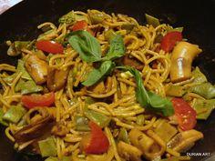Fideua de calamares (like a paella with pasta)