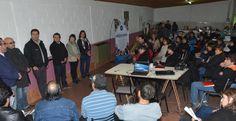 Más de 50 entidades vecinales participarán de un encuentro provincial en Comodoro http://www.ambitosur.com.ar/mas-de-50-entidades-vecinales-participaran-de-un-encuentro-provincial-en-comodoro/ Este sábado a partir de las 10:00 horas, en el aula magna de la Universidad local, se concretará un encuentro de asociaciones vecinales de Chubut, que tiene como objetivo principal debatir sobre los seis ejes de trabajo a cargo de profesionales de las facultades de Ciencias Naturale