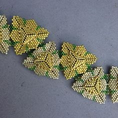 Photo peyote triangles seed bead bracelet