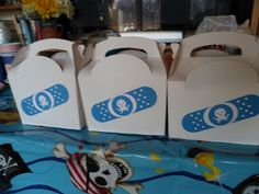 """Homemade Octonauts Party Crafts - fill Peso's medical bag with bandages, an eye patch and """"fish biscuits"""" - aka goldfish crackers!"""