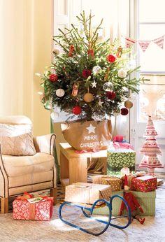 Los mejores 100 árboles de Navidad Christmas And New Year, All Things Christmas, Christmas Time, Christmas Wreaths, Merry Christmas, Navidad Natural, Pinecone Ornaments, Rich Home, Xmas Decorations