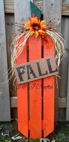 Pumpkins Wooden Pallets, Pallet Wood, Wooden Sheds, Salvaged Wood, Wood Pumpkins, Fall Pumpkins, Pallet Projects, Pallet Ideas, Pallet Cooler