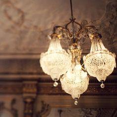 Love antique lighting like this - so feminine & beautiful & full of life