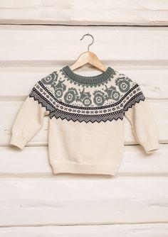 Traktorgenser pattern by Sandnes Garn Baby Boy Knitting Patterns, Baby Sweater Knitting Pattern, Fair Isle Knitting Patterns, Knitting Charts, Knitting For Kids, Knitting Designs, Baby Patterns, Knit Patterns, Handgestrickte Pullover