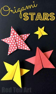 Easy Origami Stars - super lovely paper stars (five pointed paper stars), perfect as Christmas Decorations, New Year's Decorations or even bookmark them for the 4th July Decorations. Love love love paper crafts and these Origami Stars are just perfect. No cutting or sticking required!