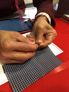 Made to measure shirts allow you to choose the type of cuffs, collar, and buttons. #fashion #isaia #tailor