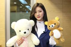 A princess with two teddy bears Korean Star, Korean Girl, Hi School Love On, Drama Fever, Young Actresses, Child Actors, Kpop, Korean Artist, Kdrama