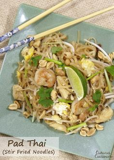 Don't call for takeout! Make this quick and easy stir fried noodle dish at home! #SundaySupper