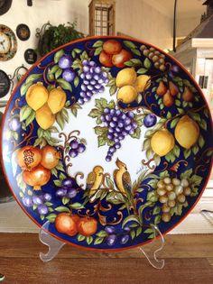 Platos uva, limones China Painting, Ceramic Painting, Ceramic Art, Ceramic Plates, Ceramic Pottery, Pottery Art, Italian Pottery, Pottery Designs, Italian Art