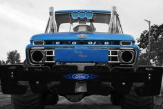 Truck And Tractor Pull, Tractor Pulling, 79 Ford Truck, Ford 4x4, Jacked Up Trucks, Old Trucks, My Favorite Year, Truck Pulls, Logging Equipment