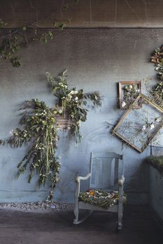 Here's What Happens When You Give Florists Thousands Of Flowers And 48 Hours In An Abandoned House