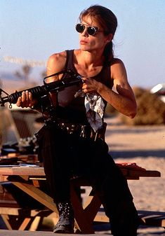 pictures of linda hamilton in terminator 2 | Linda Hamilton, Terminator 2: Judgment Day | Another sci-fi sequel ...