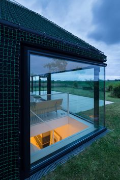 Tar Paper and Netting Facade! Holiday Home, Texel, The Netherlands - Benthem Crouwel Architects