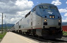 A guide to travelling across the United States from New York to San Francisco by Amtrak train, using the Lake Shore Limited and California Zephyr. Train Travel, Travel Usa, Train Trip, Big Ford Trucks, California Zephyr, Usa Places To Visit, Cross Country Trip, Us Road Trip, Train Pictures