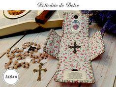 Relicário de Bolso: Seu cantinho de oração portátil e seguro. Agora sua 'capelinha' pode estar sempre com você!