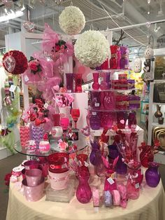 Valentine's Display from our Las Vegas Showroom at the Las Vegas Market - Winter 2015! #burtonandburton #Valentinesday @lasvegasmarket