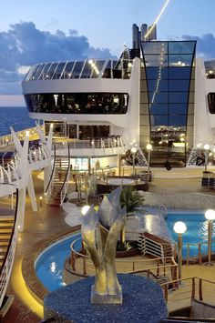 Pool Deck, MSC Divina – Cruise Preview: MSC Divina, Southern Caribbean 2013 | Popular Cruising (Image Copyright © MSC Cruises)