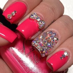 Nail art design bling bling