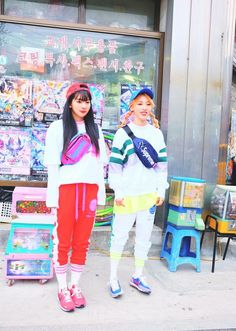 Seulgi x Moonbyul K Pop, South Korean Girls, Korean Girl Groups, 2010s Fashion, Tomboy Look, Mamamoo Moonbyul, Red Velvet Seulgi, Soyeon, Girl Crushes