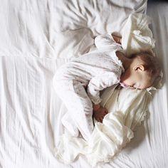 ᵛ ᴵ ᵀ ᴬ ᴸ ᴵ ᵞ ᴬ.ᶜ sur Instagram: My little angel baby  1516 #onetomorrow #justbaby