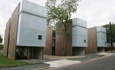 Gallery of Riverview Gardens Residence / Bercy Chen Studio - 2 Chen, Minimal Architecture, Facade Architecture, Modern Lake House, Contemporary Building, Social Housing, Studio, Design Projects, Villa
