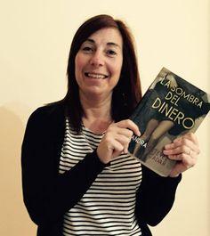 Escritora de novela: Lectora con LA SOMBRA DEL DINERO