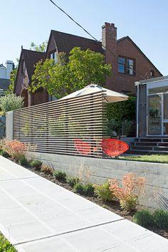 SHED Architecture & Design - Modern Architects Seattle - Portage Bay Yardscape Landscape Architecture Portfolio, Landscape Design, Architecture Design, Contemporary Landscape, Concrete Retaining Walls, Concrete Fence, Fence Landscaping, Diy Fence, Fence Ideas