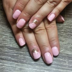 Pale pink nails with rose gold sparkle accent nail. Squoval nails. Classy nails. Simple nails. Wedding nail art. Nails by Ailesh