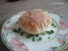 Pita chlieb (fotorecept) - recept | Varecha.sk Hamburger, Pancakes, Pizza, Bread, Breakfast, Food, Basket, Morning Coffee, Brot