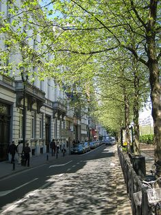 Avenue Louize, Brussels, Belgium.I lived very close to avenue Louise. rue washington ,Ixelle