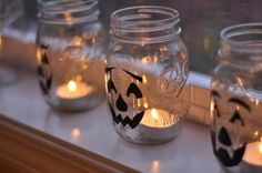 Halloween décor/love mason jar crafts